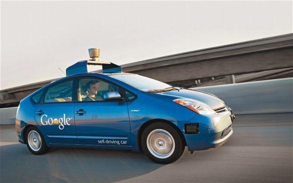 无人驾驶汽车 当科技公司碰撞传统车企高清图片
