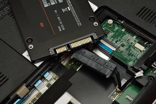 配备ssd固态硬盘笔记本电脑的经济选择