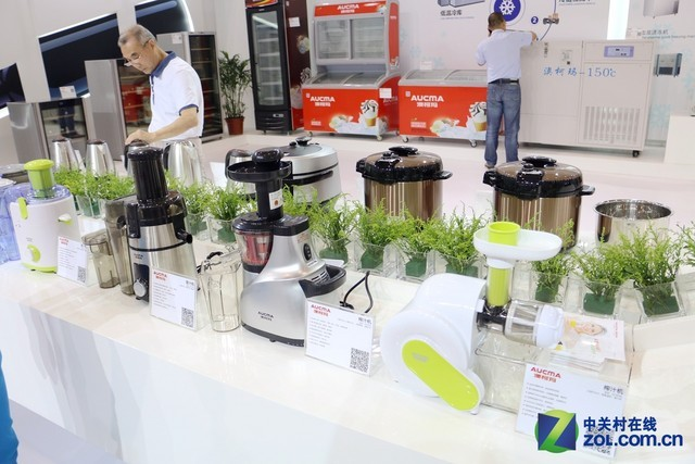 青岛CES展的全新突破 澳柯玛多产品推出