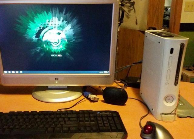 旧Xbox 360别丢!变身炫酷Windows台机