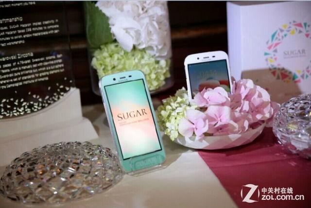 119颗宝石 SUGAR马卡龙宝石手机巴黎发布