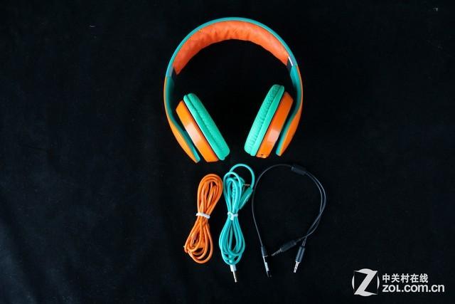 5mm带麦克风的跟耳机颜色相搭配的弦彩跟一根2合1的