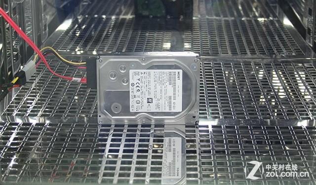眼见为实 高温考验HGST 6TB硬盘稳定性