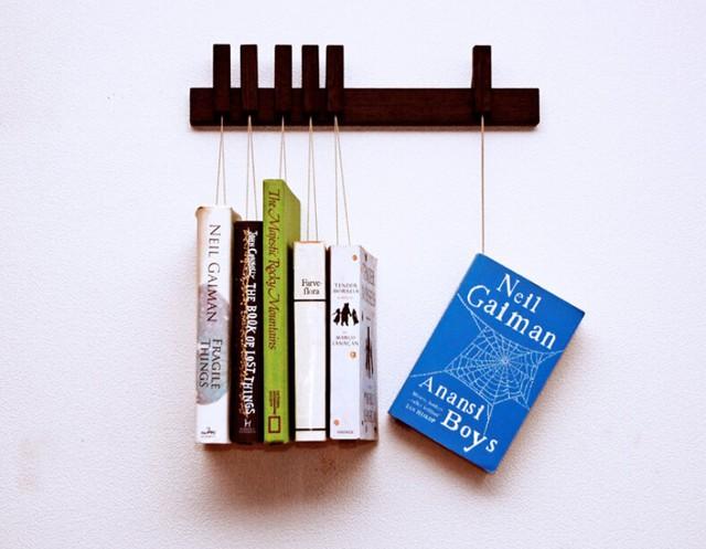 上下颠倒设计 创意悬吊书架扮靓生活