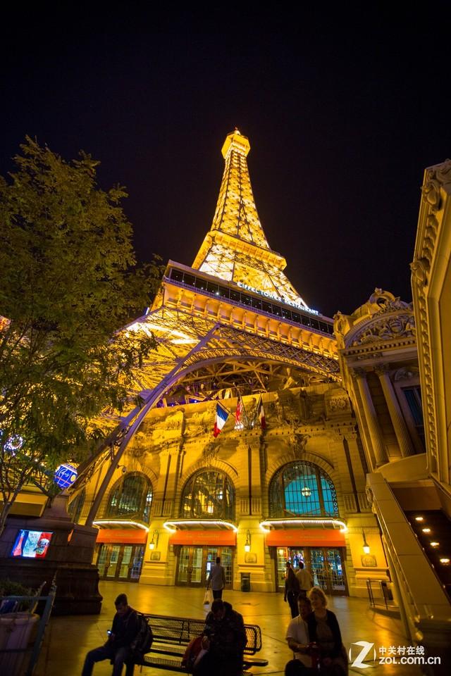 巴黎酒店的埃菲尔铁塔