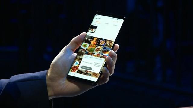 全面屏终携双摄登场 三星Note 8发布