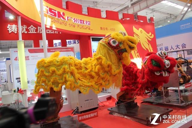 机器人竟能舞狮 广州数控舞狮机器人