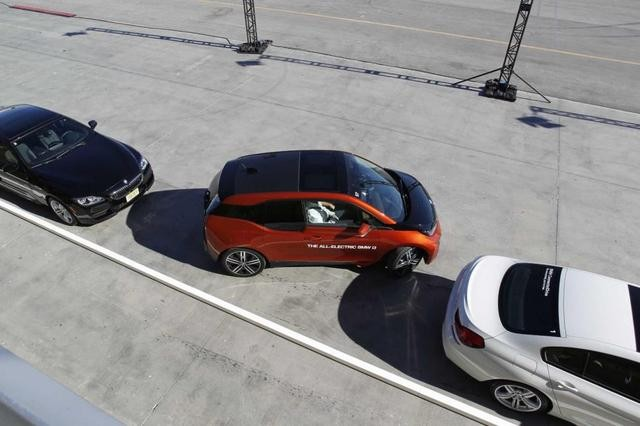 自动停车?其实多数车主并不信任这方式
