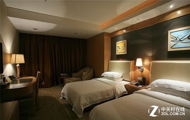 解决方案:杰拓服务器助力中小型酒店