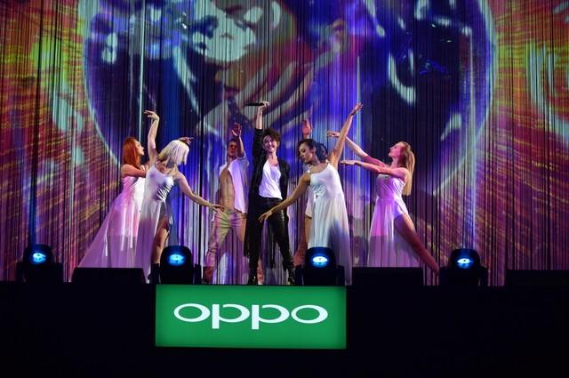 综艺盛典发布新品 OPPO重新定义四大玩法