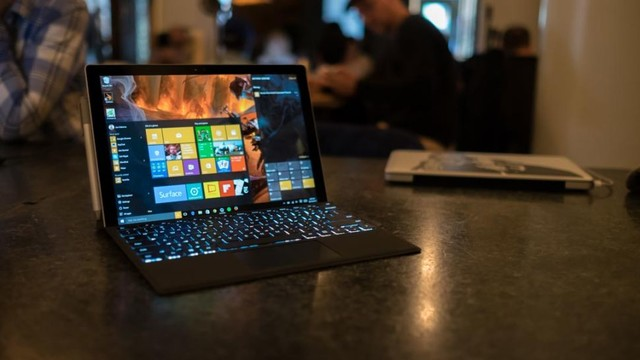 4K屏+Type-C?关于Surface Pro 5的猜想