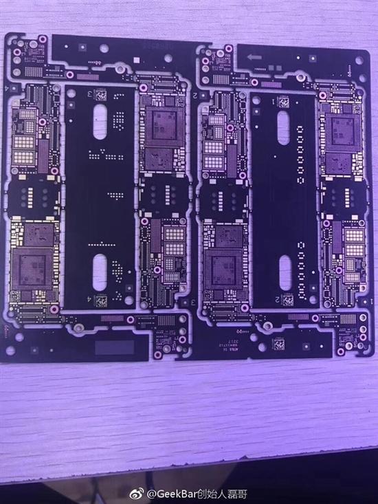 苹果iPhone7s主板曝光 重头戏在A11处理器上