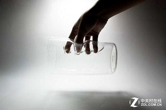 再不会失手摔碎!内置把手玻璃杯你见过吗?