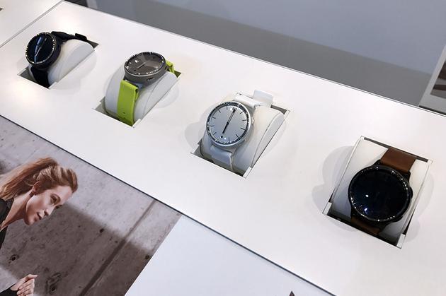 Fossil发布多品牌新智能手表 定位时尚