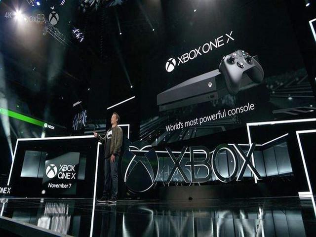 微软一招制服索尼:Xbox One X将向下兼容