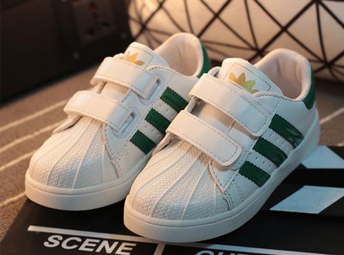 儿童运动鞋 休闲贝壳头板鞋