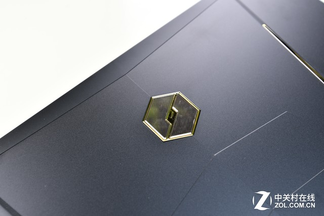 金色闪耀!机械革命金甲X6Ti-H笔电评测