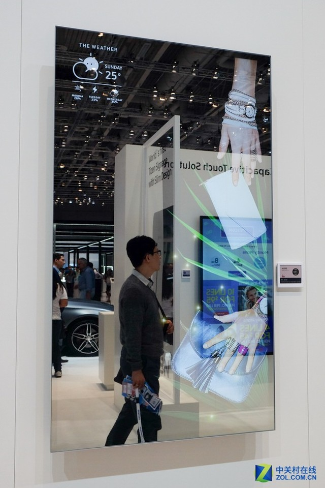 虚拟试衣技术_电视当黑板?三星IFA推出电子交互式白板_三星平板电视_液晶电视 ...