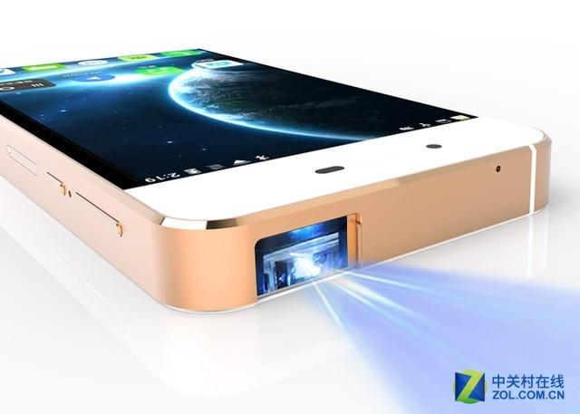 手机+1080p微投 全普投影手机4999元开卖