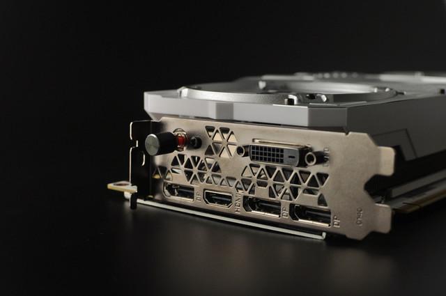 游戏利器  影驰GTX 1080名人堂售4999元