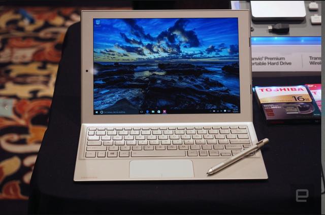 机身仅568g 东芝发布DynaPad二合一电脑