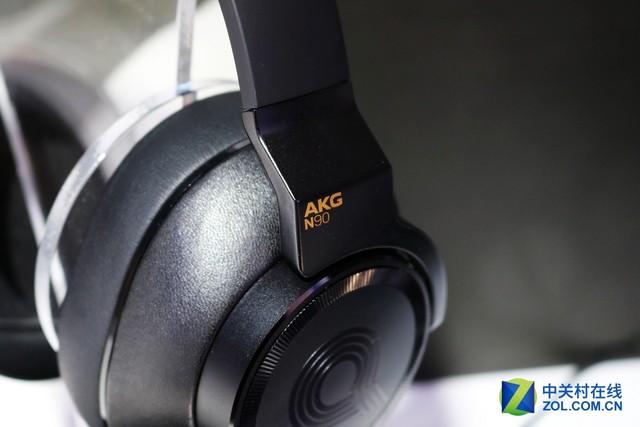 带降噪的旗舰 N90Q领衔AKG CES展台