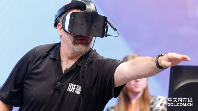 《科技星探》VR尚未成功 吾辈还需努力