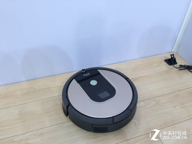 地面清洁大师 iRobot扫地机器人IFA展