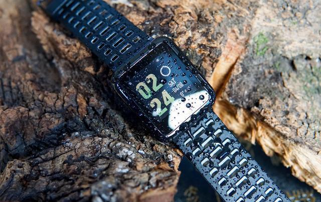 小米众筹手表 GPS,50米防水,续航30天