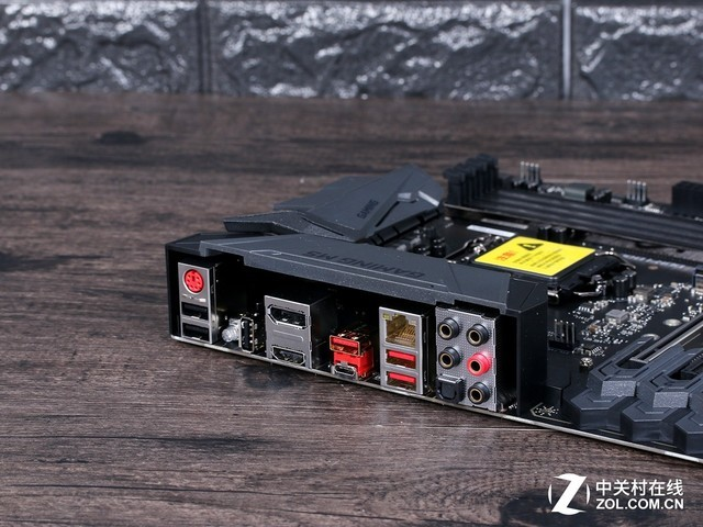 延续战舰设计 微星Z370 GAMING M5上市