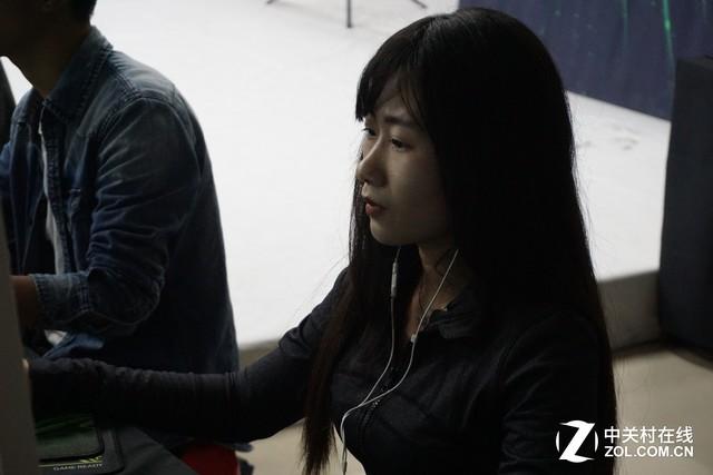 美女选手很强 NV校园行福州江夏学院站