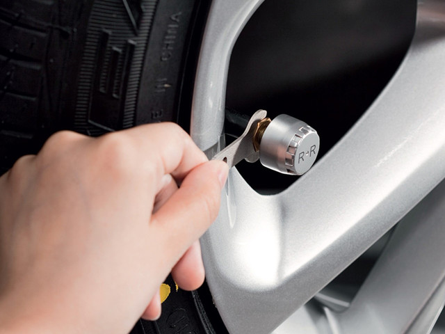 新标配 胎压监测系统将装进每一辆汽车