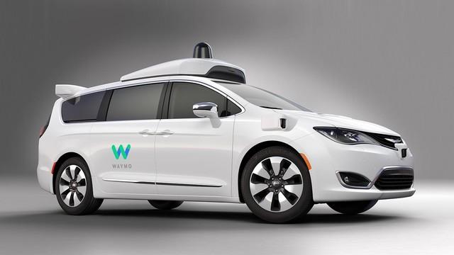 苹果也搞自动驾驶 会是下一个iphone吗
