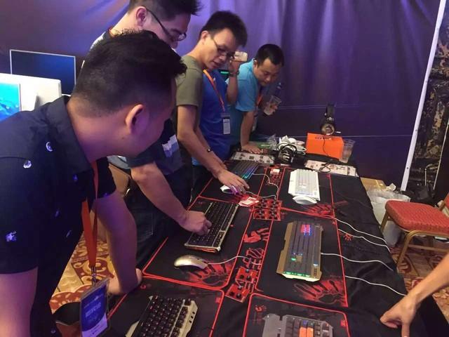 电竞网咖峰会!双飞燕旗下产品成为全场关注亮点