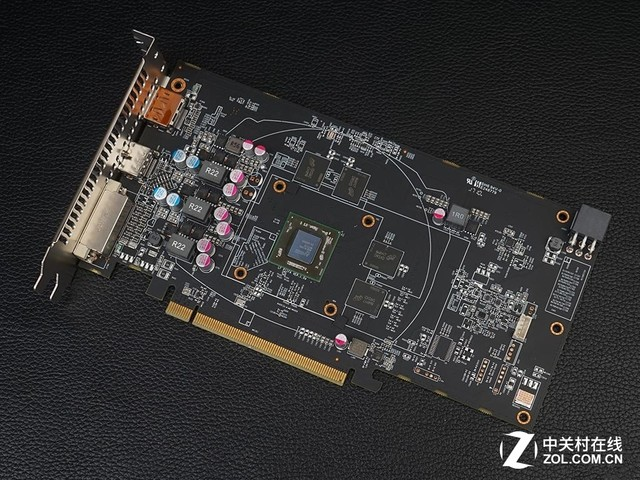 RX 460改名重生?AMD RX 560D意外亮相