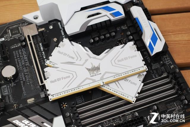 618狂欢899元 影驰HOF DDR4-3000 8Gx2促