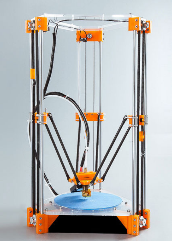 rostock mini 使用的是光轴和轴承结构,成本相对较低,双光轴的设计也