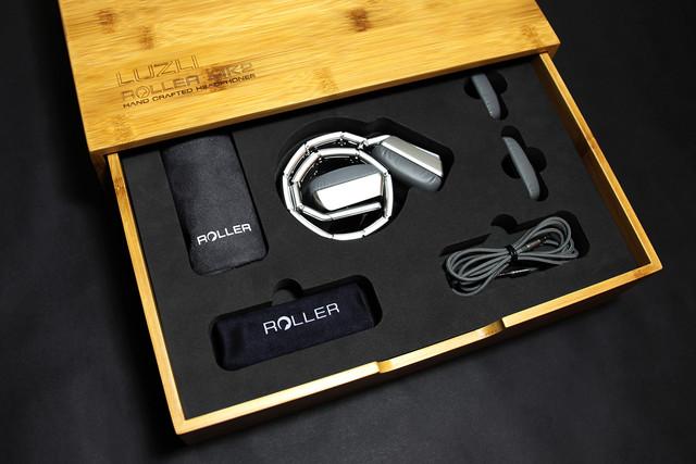 表链式头梁设计 这款耳机更像是奢侈品