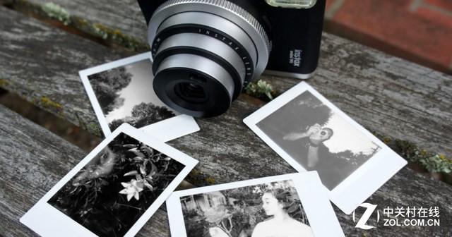 文艺效果满分 富士推出黑白拍立得相纸