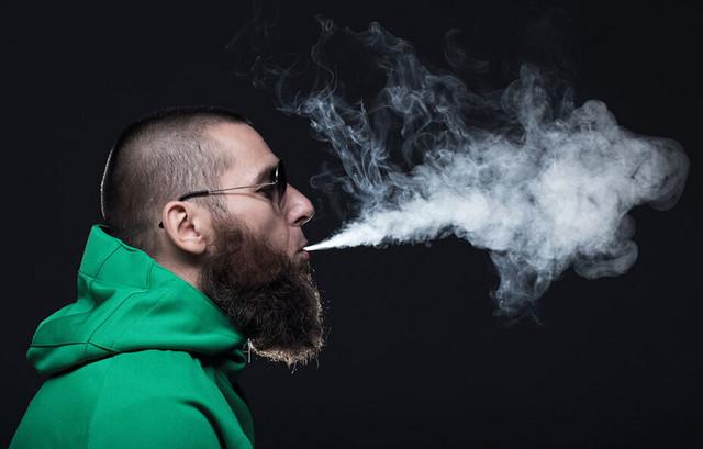 朋友圈辟谣 一盘蚊香相当于抽6包烟!