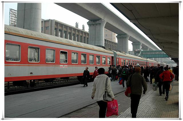 哈尔滨铁路千于列车加装无线WIFI