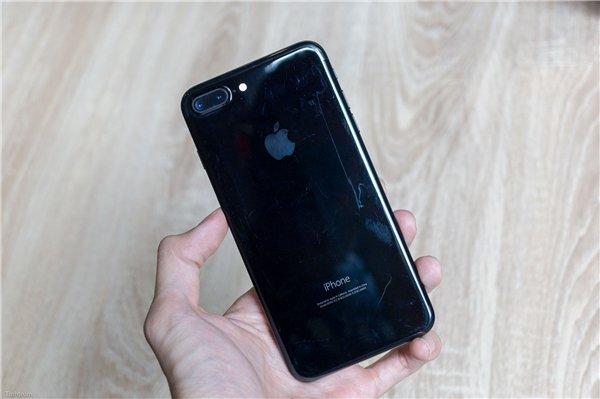 iPhone7亮黑色/曜石黑色划伤后不堪入目!