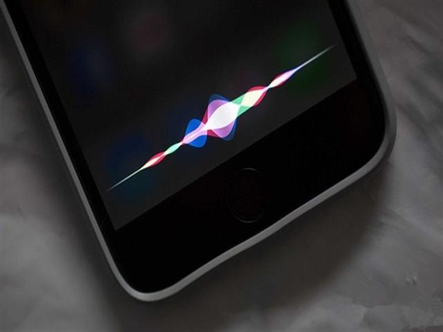 传苹果将对谷歌Assistant开放:Siri懵圈