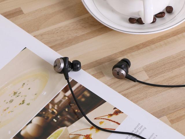 动次打次 震撼视听 出色低频耳机大推荐