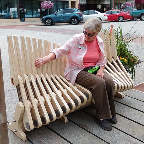 栅栏还是亭子 一把外星人都没见过的长椅