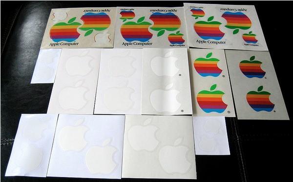 揭底!苹果产品包装盒里的贴纸干嘛用的