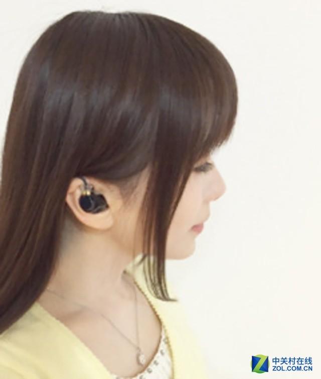 值得粉丝参考 看看歌星们都戴什么耳机