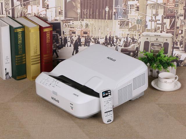 互动超短焦更方便 爱普生 CB-695Wi评测