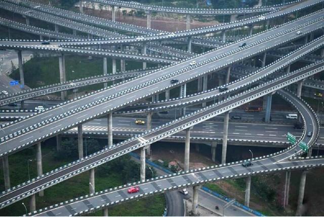 上去就下不来了 中国最复杂的立交桥