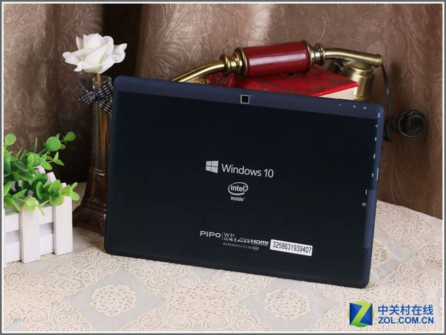 Z8300配4G内存 品铂W1S二合一平板评测